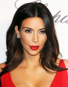 Photos de rouge a levre pour brune rouge l vres - Maquillage pour brune ...