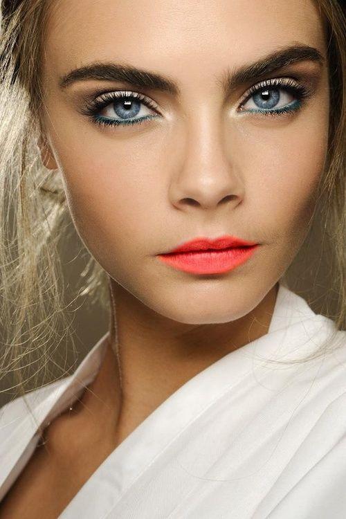 Top Rouge à lèvres yeux bleus – Rouge à lèvres WW88